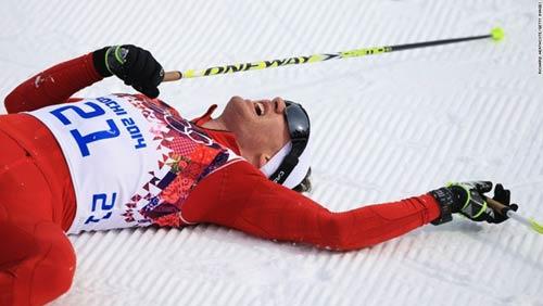 Những cú ngã đau tại Olympic Sochi - 4