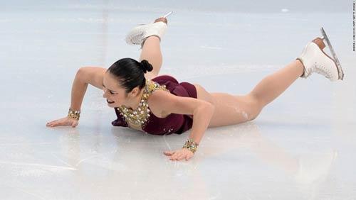 Những cú ngã đau tại Olympic Sochi - 8