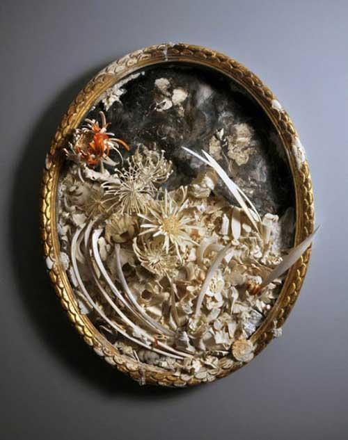 Những cành hoa từ xương động vật chết - 7
