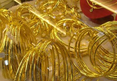 Giá vàng vượt ngưỡng 35,50 triệu - 1