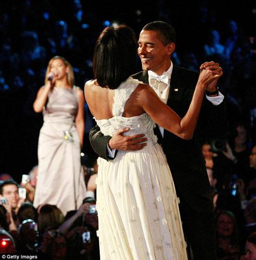 Rộ tin đồn ca sỹ Beyonce yêu T.T Obama - 3