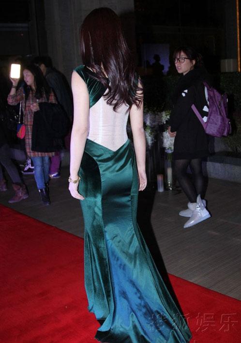 Người đẹp Hoa ngữ xui xẻo trên thảm đỏ - 10