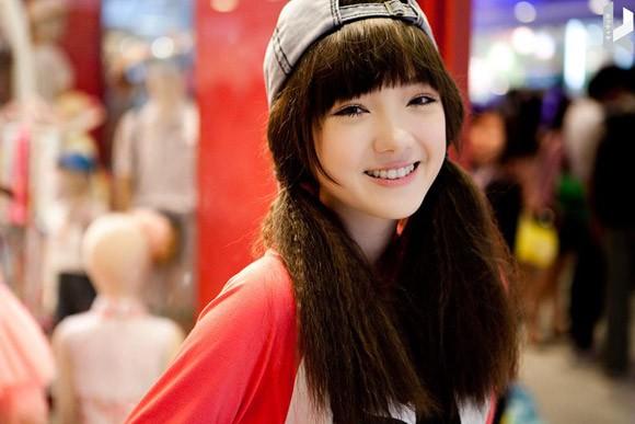 Hotgirl Thái hát 'Bèo dạt mây trôi' đáng yêu - 4