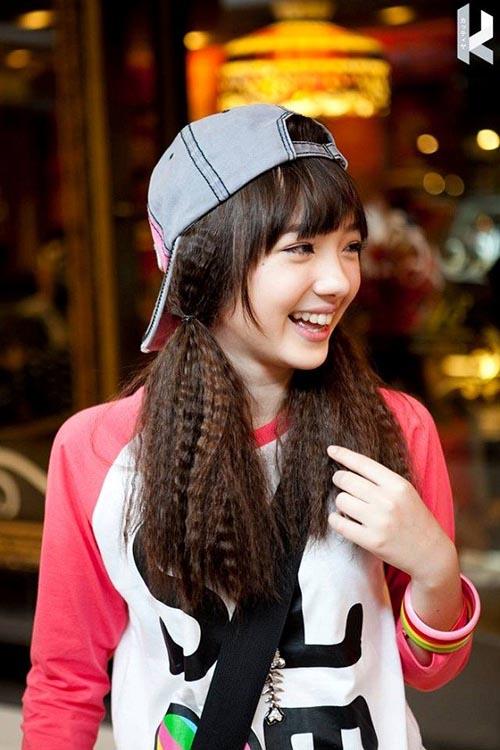 Hotgirl Thái hát 'Bèo dạt mây trôi' đáng yêu - 5