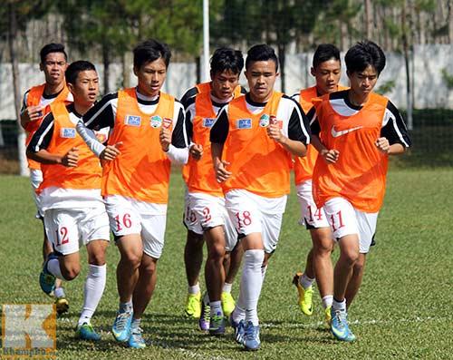 U19 VN muốn khỏe như...Phạm Văn Mách - 2