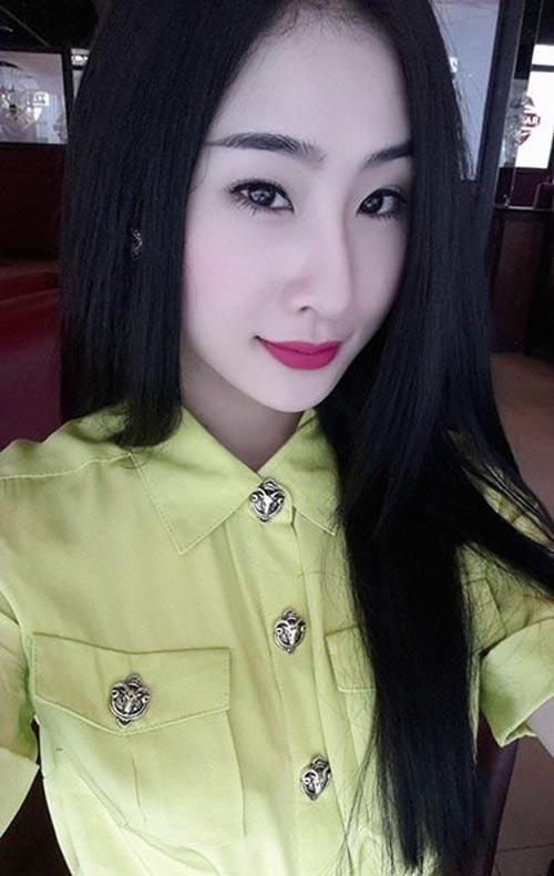 Ngắm cô gái tự nhận ngực đẹp nhất Việt Nam - 13