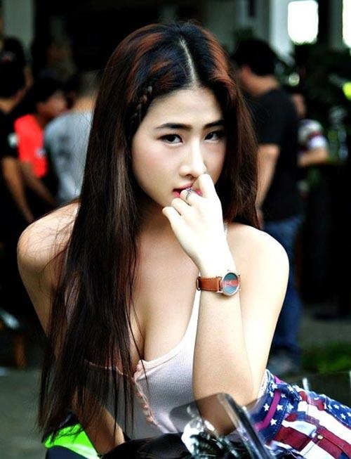 Ngắm cô gái tự nhận ngực đẹp nhất Việt Nam - 11