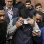 """Tin tức trong ngày - Ấn Độ: Nghị sĩ dùng hơi cay """"xử nhau"""" ở Quốc hội"""