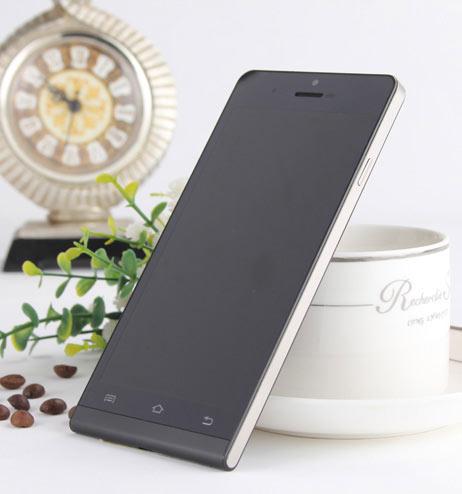 """Titan Q5 """"tái xuất'' thị trường smartphone - 3"""