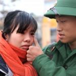 Tin tức Việt Nam - Giây phút xúc động của tân binh ngày nhập ngũ