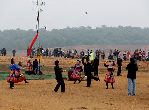 Xem kỵ sỹ cao nguyên trắng đua ngựa tại Hà Nội - 15