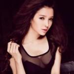 Ngôi sao điện ảnh - Angela Phương Trinh có 'đối thủ'
