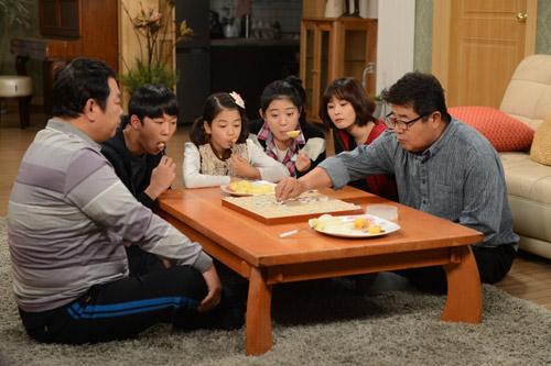 Bố nuôi Mr. Kim: Phim gia đình đáng xem - 6