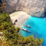 Du lịch - Tắm nắng bên xác tàu ở vịnh Navagio, Hy Lạp