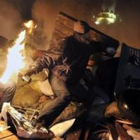 Ukraine: Cảnh sát ngừng bắn với người biểu tình
