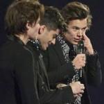 Ca nhạc - MTV - Harry Styles lỡ màn nhận giải vì bận đi toilet