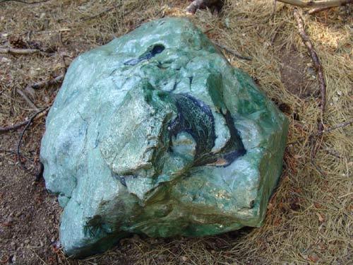 Myanmar: Phát hiện khối đá quý khổng lồ 50 tấn - 1