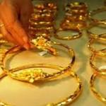 Tài chính - Bất động sản - Giá vàng tăng chậm, USD ấm lên