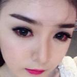 Trang điểm - Hot girl Lily Luta viêm mắt vì kính áp tròng