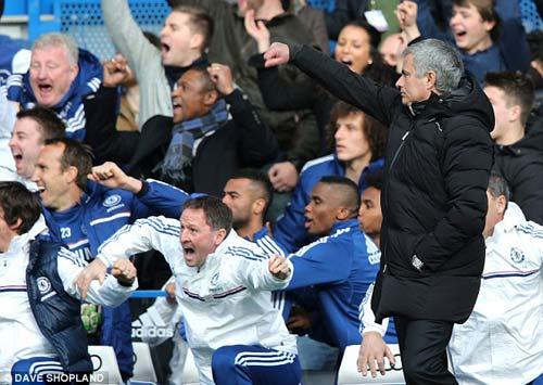 Chelsea: Đáng sợ kiểu Mourinho - 2