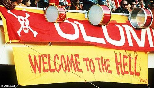 Chelsea chú ý: CĐV Galatasaray rất hung hãn - 3
