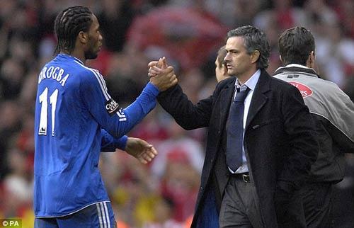 "Mourinho - Drogba: ""Cha con"" đối địch - 1"