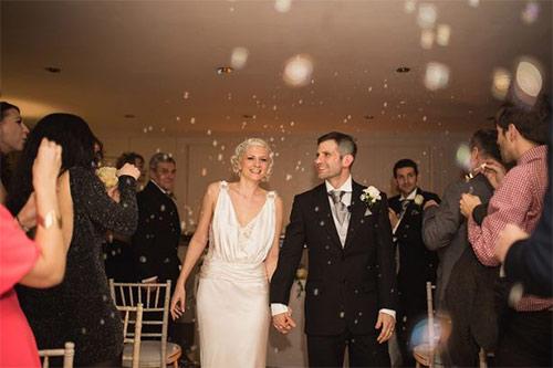 Cầu hôn, đính hôn và cưới chỉ trong 30 phút - 2