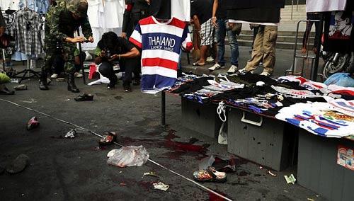 """Thái Lan: Quân đội """"đang ngả về phía chính phủ"""" - 2"""