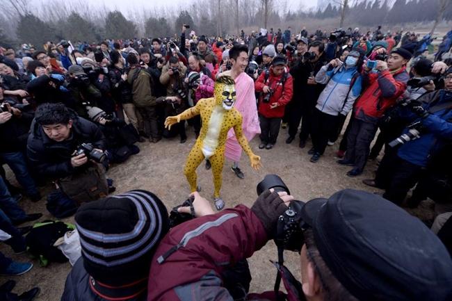 Cuộc thi & nbsp;chạy độc đáo & nbsp;Undie & nbsp;Run đã diễn ra tại công viên Olympic Forest ở Bắc Kinh vào ngày 23/2 vừa qua.
