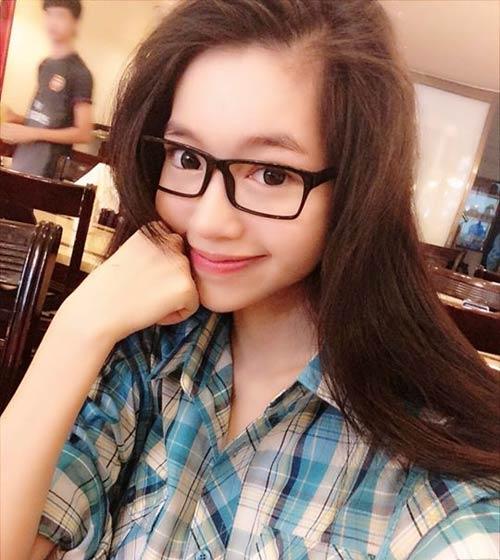 Elly Trần không chỉ phồn thực, nóng bỏng - 3