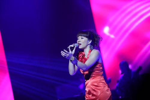 Hà Trần chung sân khấu cùng Mỹ Tâm - 1