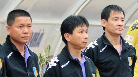 Trợ lý HLV Hà Nội.T&T liên tục bị phạt nặng - 1