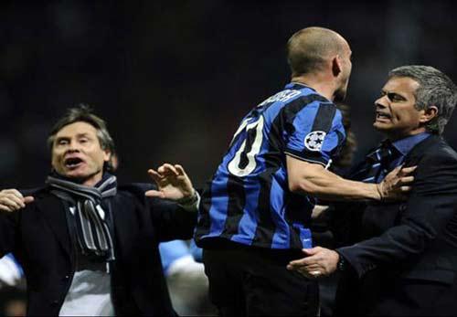 """Sneijder tạm """"gạt"""" tình bạn với Mourinho - 1"""
