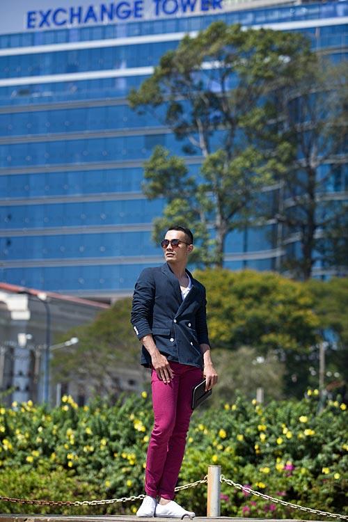 Chàng công sở sành điệu với quần hồng giày đỏ - 2