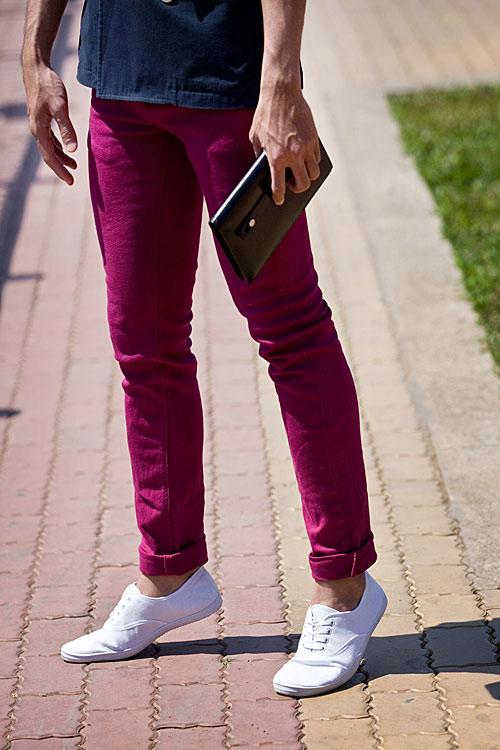 Chàng công sở sành điệu với quần hồng giày đỏ - 6