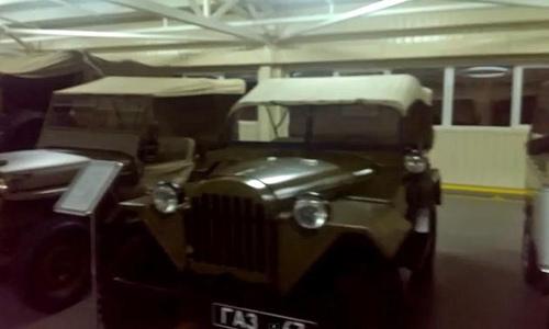 """""""Choáng"""": Tổng thống Ukraina sở hữu 70 chiếc xe """"độc"""" - 13"""