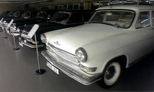 """""""Choáng"""": Tổng thống Ukraina sở hữu 70 chiếc xe """"độc"""" - 10"""