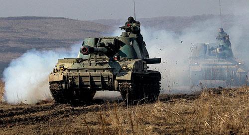 Nga diễn tập quân sự lớn sát biên giới Ukraine - 3