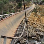 Tin tức trong ngày - Lật cầu ở Lai Châu: Mở lối đi dưới lòng suối