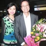 Ca nhạc - MTV - 71 tuổi, Chế Linh trẻ trung bên vợ