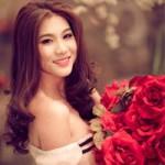 Thời trang - Kim Dung khoe vai trần trễ nải