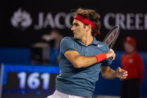 Federer - Stepanek: Ngày thăng hoa (V2 Dubai) - 1