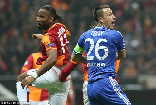 Drogba tiếc vì không sút tung lưới Chelsea - 1