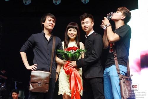 Top 8 Vietnam Idol khoe ảnh ngày xưa - 2
