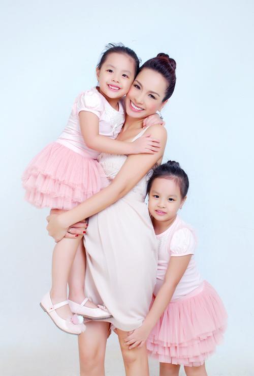 """Ngắm """"thiên thần"""" đáng yêu của chân dài Việt - 12"""