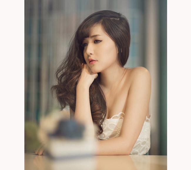 Sau thành công với việc lọt vào top 7 của VN Idol 2010, Bích Phương đã liên tục chứng tỏ mình với một loạt ca khúc được khán giả yêu thích.