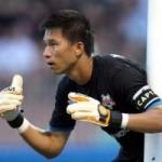 Bóng đá - Thủ môn Việt Nam cứu thua chẳng kém Casillas