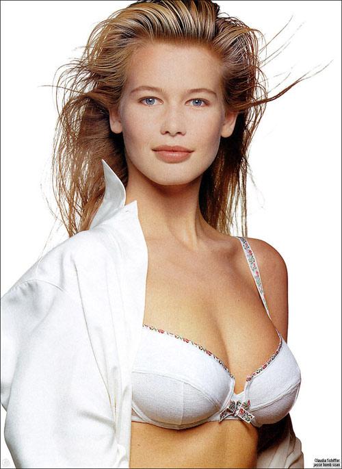 Claudia Schiffer bị gạ gẫm với giá 35 tỷ đồng - 2