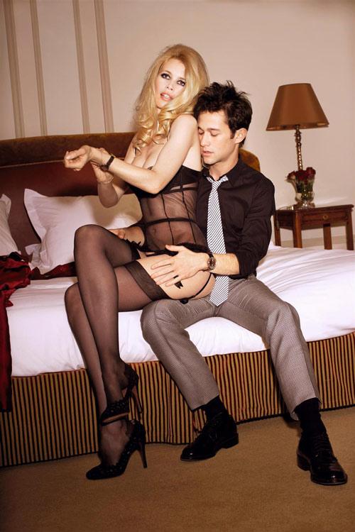 Claudia Schiffer bị gạ gẫm với giá 35 tỷ đồng - 3
