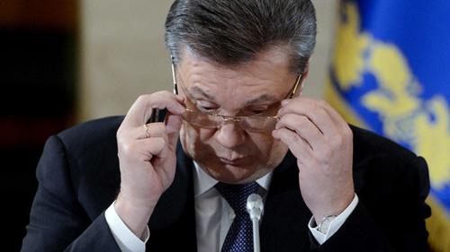 Ukraine: Cựu TT Yanukovych đã trốn sang Nga - 1